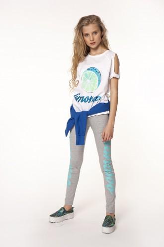 Dziewczęcy T-shirt cold shoulders z nadrukiem Limonoo