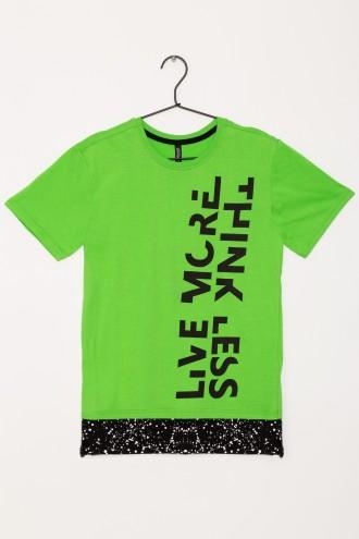Chłopięcy T-shirt z nadrukiem o przedłużonym kroju