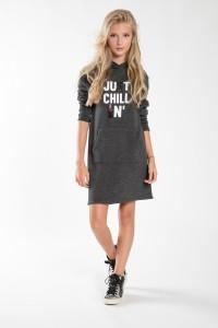 Dziewczęca sukienka sportowa z kapturem Chillin