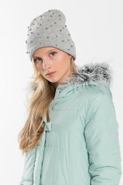 Dziewczęca czapka z perełkami