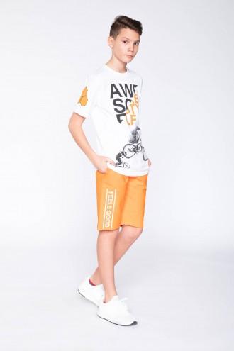 Pomarańczowe krótkie spodnie dla chłopaka