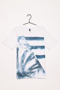 T-shirt w wakacyjne wzory dla chłopaka