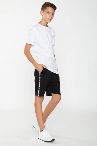 Czarne krótkie spodnie dla chłopaka