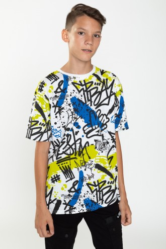 T-shirt w kolorowe nadruki