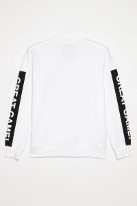 Biała bluza z długim rękawem dla chłopaka