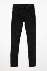 Czarne jeansy dla dziewczyny