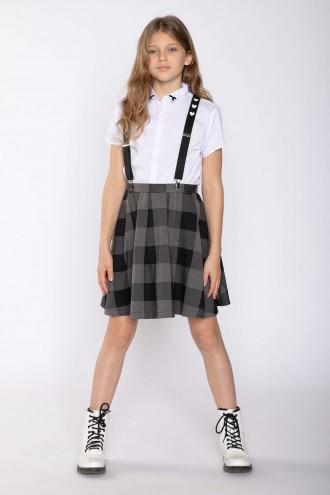 Czarna spódnica w kratę z odpinanymi szelkami