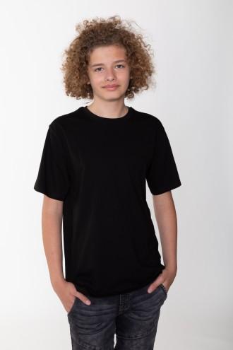 Klasyczny czarny T-shirt dla chłopaka