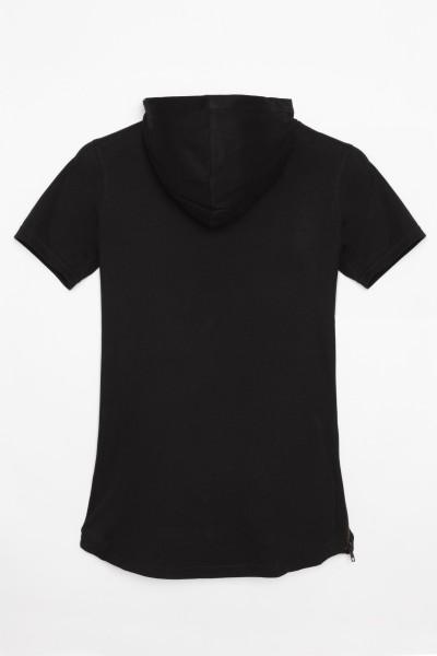 Czarny T-shirt z krótkim rękawem I kapturem