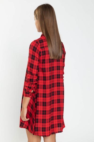 Koszulowa sukienka w czarno-czerwoną kratkę
