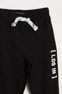 Czarne spodnie dresowe LOG IN