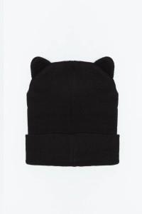 Czarna czapka z uszami
