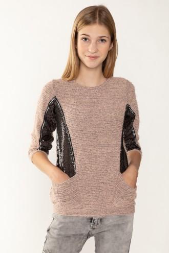 Sweter z czarnymi cekinowymi przeszyciami
