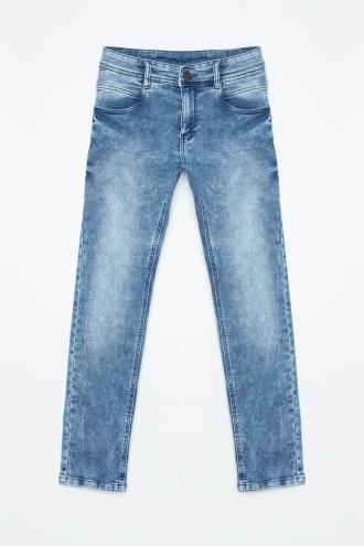 Klasyczne jeansy dla chłopaka
