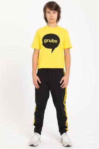 Czarne spodnie dresowe z żółtym lampasem