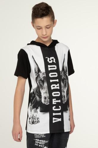 Przedłużany T-shirt z kapturem VICTORIOUS