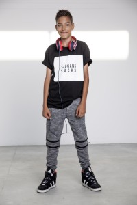 T-shirt Slogan Sucks