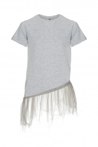 Szary T-shirt o asymetrycznym kroju z tiulową falbanką